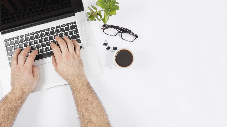 Zastanawialiście się kiedyś, jak to jest możliwe, że możemy usłyszeć dźwięki, które przekazywane są do naszego laptopa?